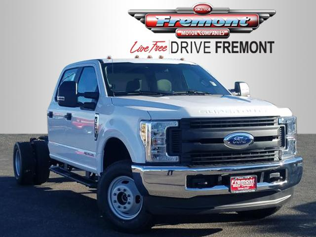 New 2019 Ford Super Duty F-350 DRW XL 4WD Crew Cab 179 WB 60 CA