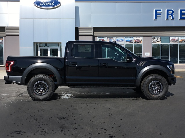 New 2019 Ford F-150 Raptor 4WD SuperCrew 5 5' Box 4WD