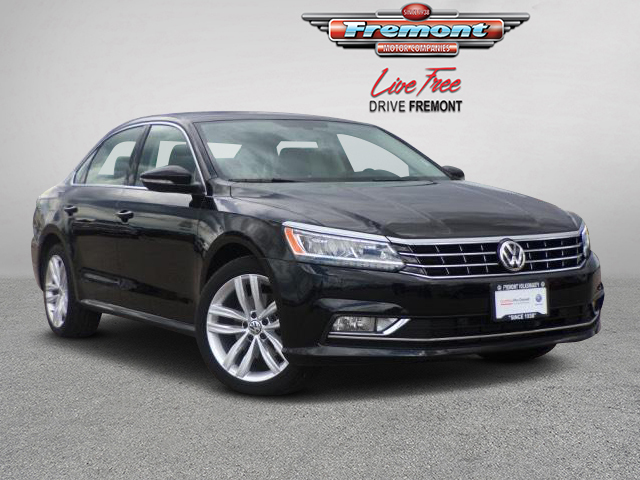 Certified Pre-Owned 2018 Volkswagen Passat 2.0T SE w/Technology Auto