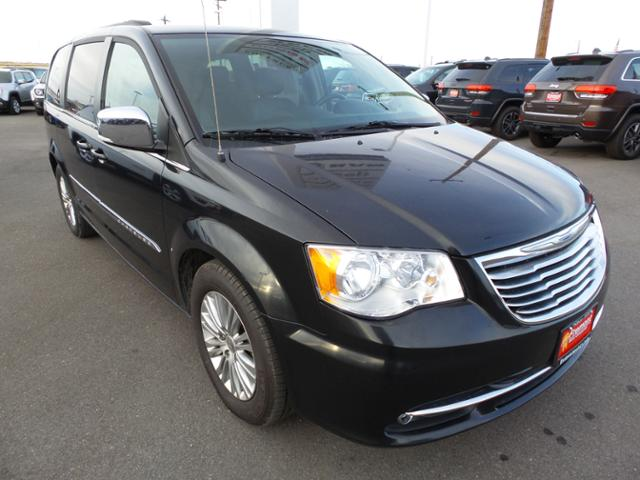 Certified Pre-Owned 2015 Chrysler Town & Country 4dr Wgn Touring-L