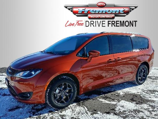 New 2018 Chrysler Pacifica Touring Plus FWD