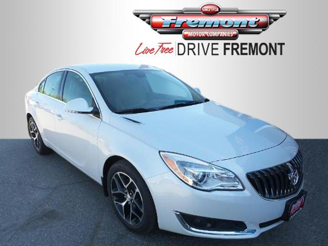 New 2017 Buick Regal 4dr Sdn Sport Touring FWD