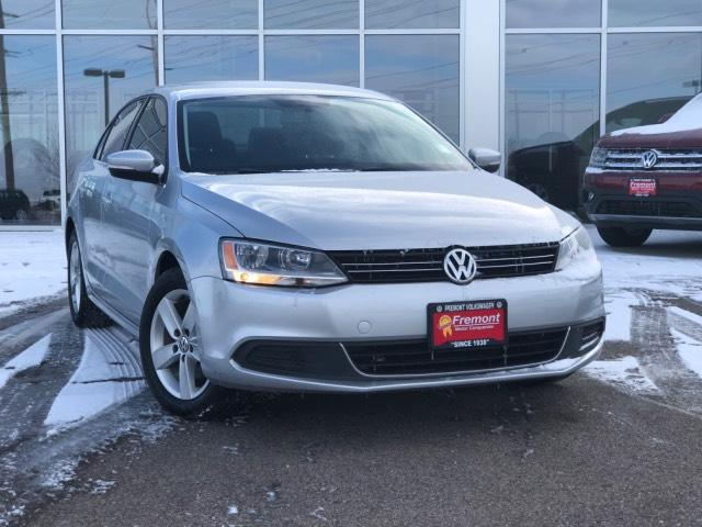 Certified Pre-Owned 2013 Volkswagen Jetta 4dr Man TDI *Ltd Avail*
