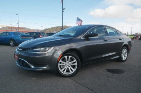 Pre-Owned 2015 Chrysler 200 4dr Sdn Limited FWD FWD 4dr Car