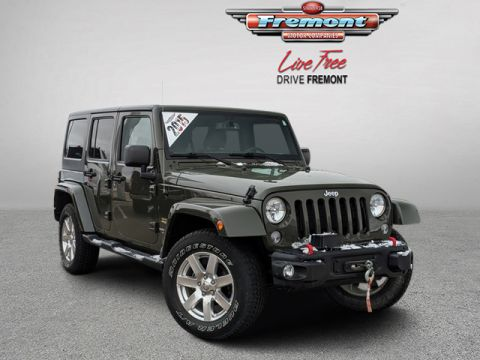 Certified Pre-Owned 2015 Jeep Wrangler Unlimited 4WD 4dr Sahara