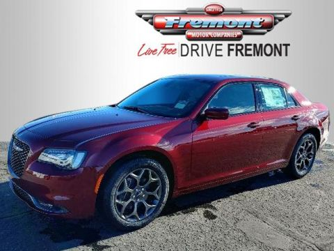 New 2018 Chrysler 300 300S AWD With Navigation & AWD
