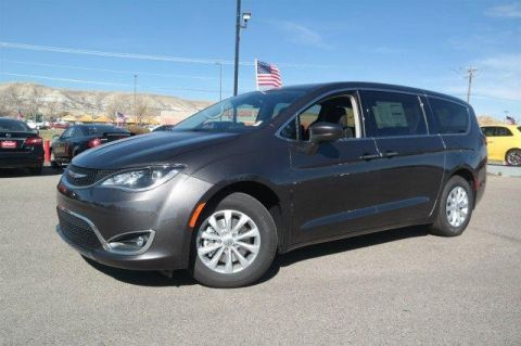 New 2018 Chrysler Pacifica Touring Plus FWD FWD Mini-van, Passenger