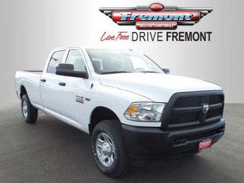 New 2017 Ram 3500 Chassis Cab Tradesman 4WD Crew Cab 172 WB 60 4WD