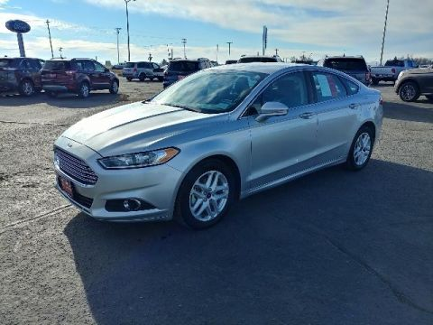 Pre-Owned 2016 Ford Fusion 4dr Sdn SE FWD FWD 4dr Car
