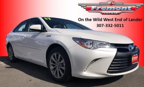 Pre-Owned 2017 Toyota Camry Hybrid XLE CVT FWD 4dr Car