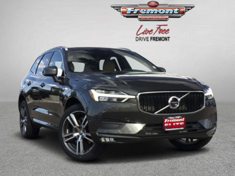 Certified Pre-Owned 2018 Volvo XC60 T6 AWD Momentum