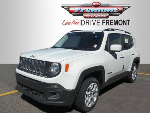 Pre-Owned 2017 Jeep Renegade Latitude 4x4 With Navigation & 4WD