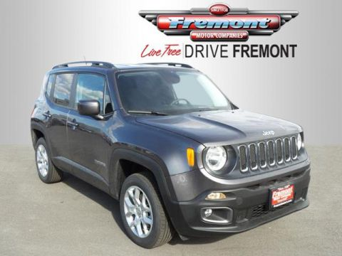 New 2017 Jeep Renegade Latitude 4x4 With Navigation & 4WD